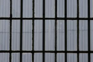 window-315946_640